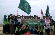 IPNU IPPNU Rembang Bakti Sosial Bersihkan Pantai Karang Jahe