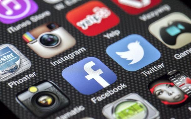 Warga Salurkan Aspirasi Lewat Sosial Media