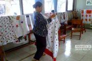 Penghuni Panti Sosial Rembang, Produksi Batik