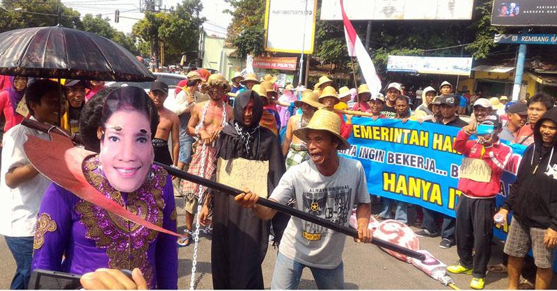Ribuan Nelayan Tuntut Menteri Susi Turun Jabatan