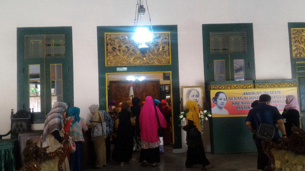 Jelang Hari Kartini, Museum Ramai Dikunjungi Wisatawan