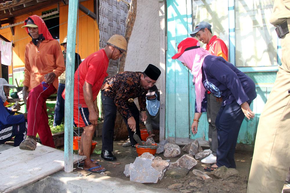 Bupati Harapkan Gotong Royong Bisa Jadi Sarana Pembangunan Negara
