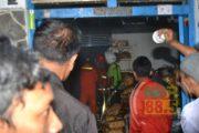 Dua Kios Depan Pasar Kota Rembang Terbakar