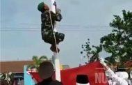 Gara-gara Aksi Panjat Tiang Bendera, Babinsa Desa Sidomulyo Kaliori Ini Tuai Penghargaan