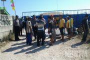 Tak Terima Rekannya Diputus Kontrak Kerja, Puluhan Warga Demo PT Bangun Arta