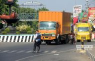 Pengendara Distop, Ikut Mengheningkan Cipta Dalam Upacara Hari Pahlawan di Rembang