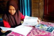 Himpitan Ekonomi, Siswi Cerdas di Sulang Terancam Putus Sekolah