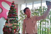 Unik! Pohon Natal Ini Dibuat dari Balutan Kain Batik Tulis Lasem
