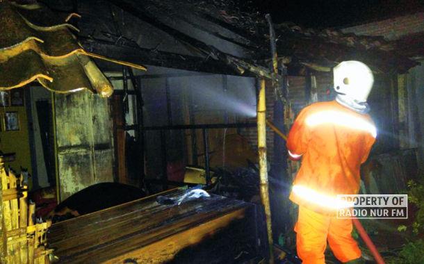Gara-gara Obat Nyamuk Bakar, Rumah di Rembang Dilalap Api