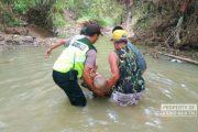 Diduga Tenggelam, Jasad Kakek Ditemukan Tersangkut Batang Pohon di Sungai