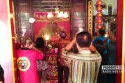 Sambut Imlek, Warga Tionghoa di Lasem Gelar Sembahyang dan Sesaji Leluhur