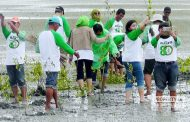 Wujud Kepedulian, Alumni SMA Semarang Gelar Baksos di Rembang
