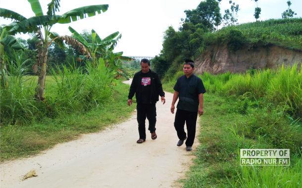 Keluh Kesah Kades Kajar : Akses Jalan Sulit, Tak Punya Bidan Desa