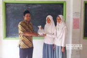 Para Murid yang Tak Mau Ketinggalan 'Iuran' Bantuan Gempa Lombok