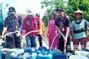 Bantu Suplai Air Bersih, Semen Gresik Gelontorkan Rp 100 Juta