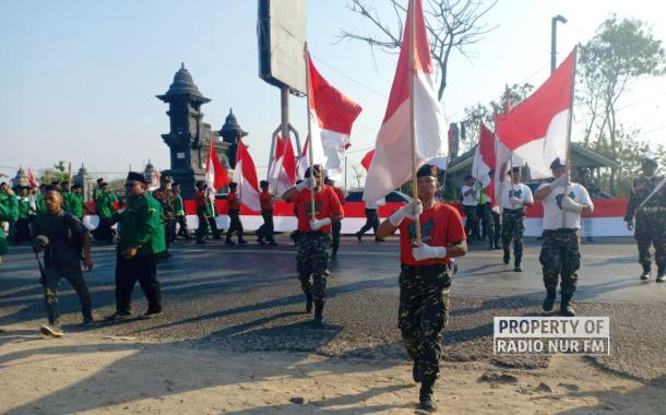 Masuk Rembang, Rombongan Kirab Satu Negeri Disambut 1.000 Meter Merah-Putih