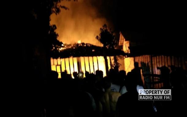 Nyalakan 'Sentir' Saat Mati Listrik, Rumah Milik Nenek di Rembang Ludes Terbakar