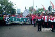 Beragam Kalangan, Etnis, dan Agama 'Tumpah' ke Jalan, Ramaikan Jalan Sehat Kerukunan Umat di Rembang