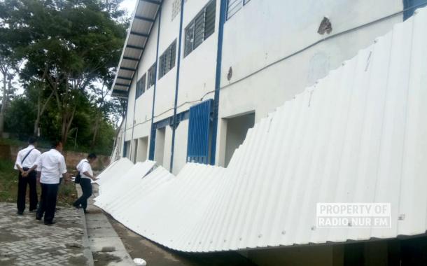 Belum Genap Setahun, Atap Pasar Wonokerto Sale Sudah Ambrol