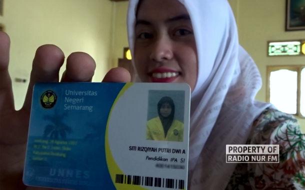 Sempat Diremehkan Saat 'Nyaleg', Gadis 22 Tahun Ini Lolos Kursi DPRD Rembang