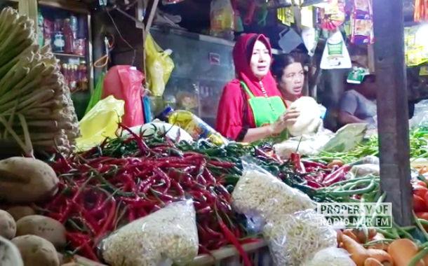 Stok Langka, Harga Varian Cabai di Rembang Meroket