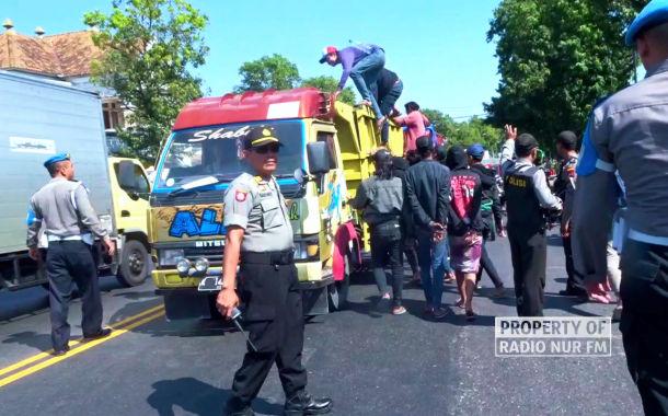Polisi Rembang Sweeping Pantura, Cegat Arus Perjalanan Bonek