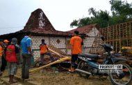 Total 150 Lebih Rumah di Rembang Rusak Disapu Angin Kencang, 2 Orang Luka